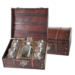 Leopard Capitol Decanter Set w/ Chest